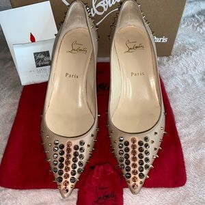 Christian Louboutin Nude/Multimeral Pumps Size 7.5